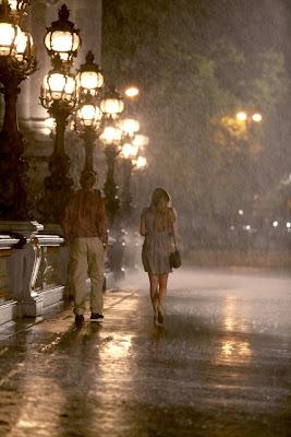 Owen Wilson walking in rain
