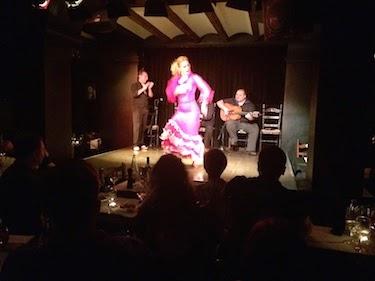 Chuck and Lori's Travel Blog - Flamenco in Valencia, Spain
