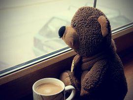 Te astept la o fereastra...