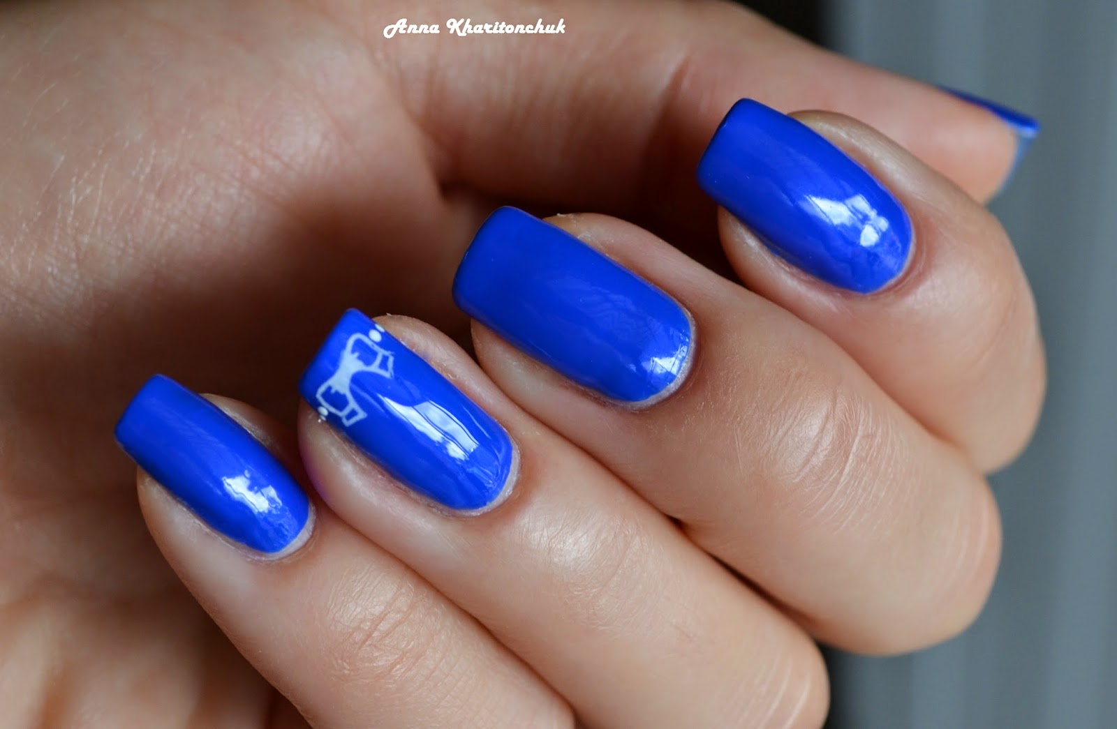 Kiko 336 Electric Blue + стемпинг