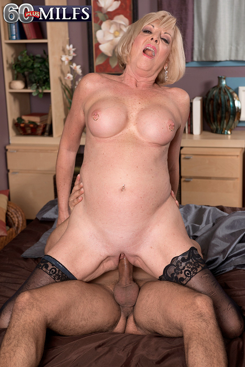 Old mature milf porn pictures