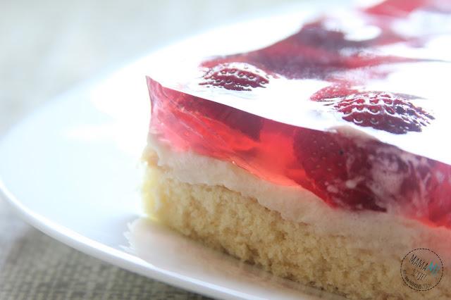 jak upiec biszkopt, galaretka, owoce, ciasto na lato, ciasto z kremem, z owocami, przepis na ciasto
