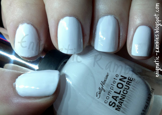 white-sally-hansen-complete-salon-manicure-lavender-cloud-swatch-nail-polish-varnish