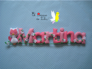 nombre-fieltro-decoración-infantil-regalo-personalizado-elbosquedelulu-Martina-hechoamanoparati-detalle-nacimiento