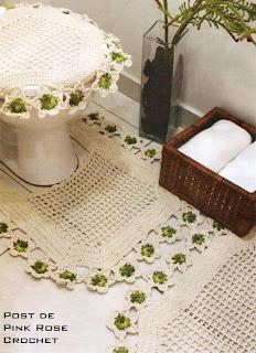Tapetes de crochê cru com verde