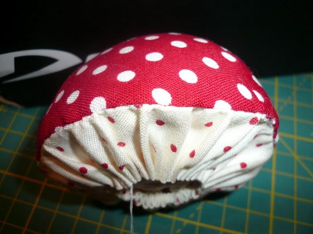 Сшить своими руками шляпу гриба из 57