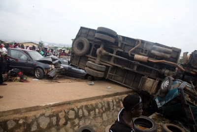 Many Injured As Truck Crushes Six Vehicles In Abuja [PHOTOS]