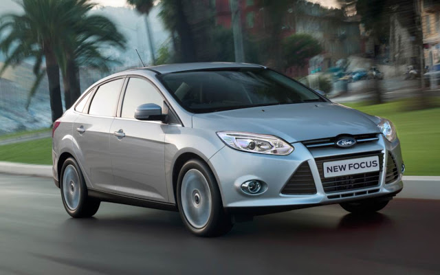 car in Ford Focus 2014