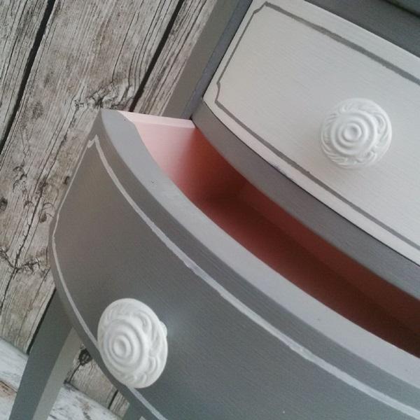 restyling di un mobiletto fagiolino 3 cassetti shabby chic