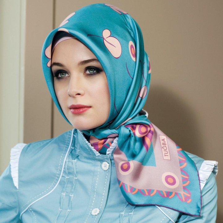 الحجاب التركي اناقه.. 270048_213086365403052_207739599271062_672001_5934191_n