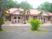 Pink hotels in Balay Inato Pension in Palawan