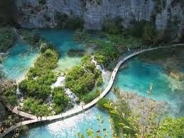 tempat wisata terindah dunia