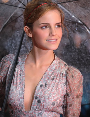 Emma Watson Glamour Wallpaper