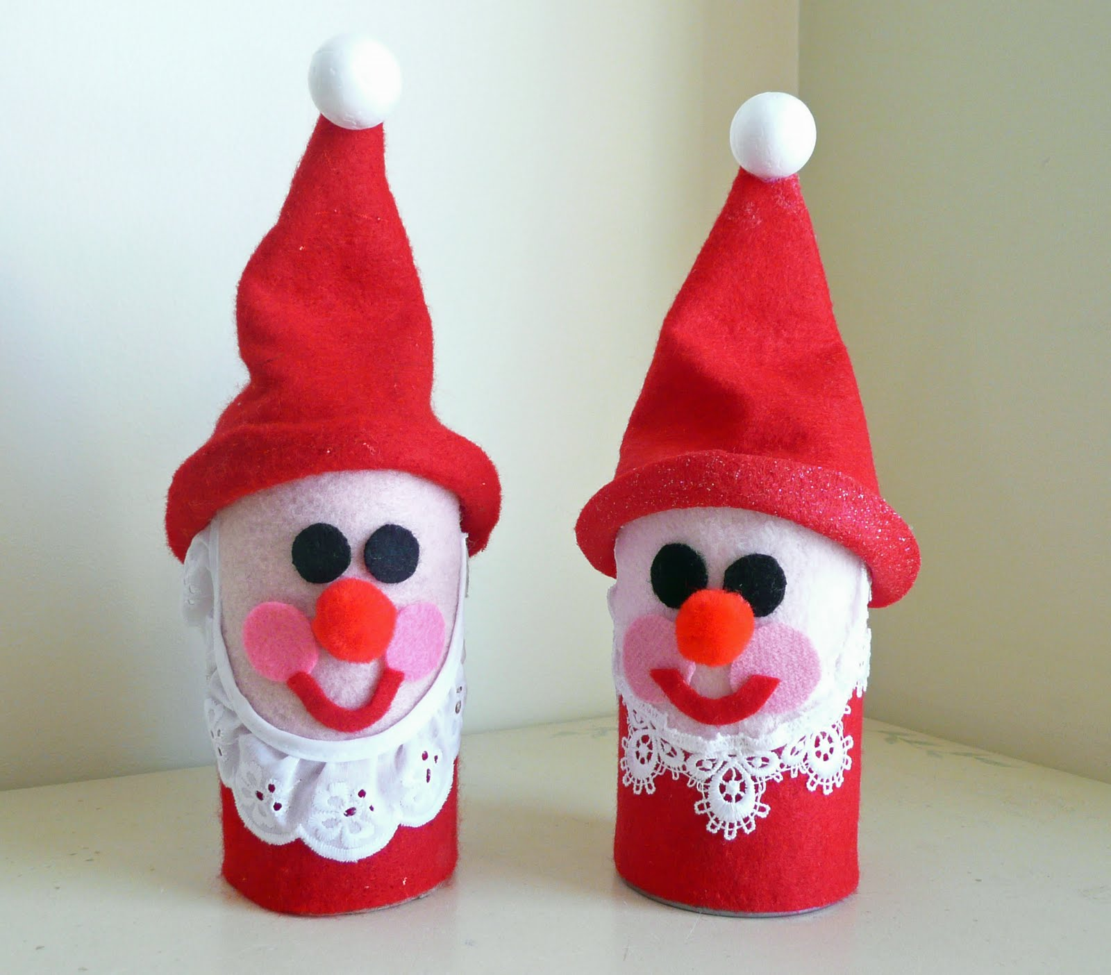How to make your own christmas decorations - Use Toilet Paper Roll Or Juice Concentrate Can To Create Santa