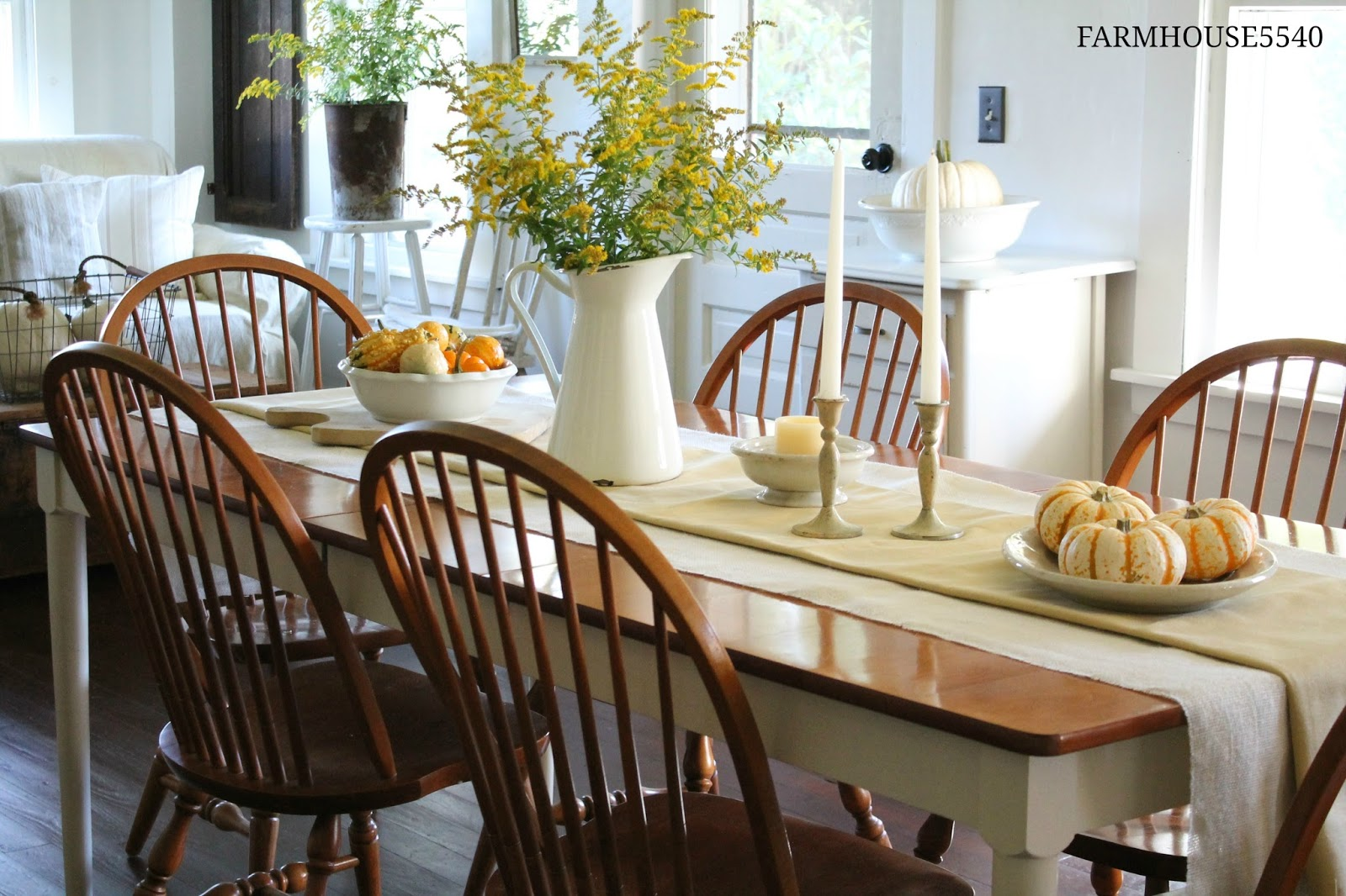FARMHOUSE 5540 Fall Dining Room
