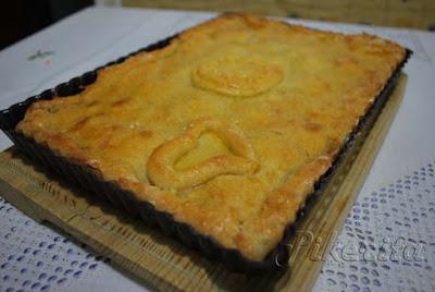 http://pikerita.blogspot.com.es/2012/11/empanada-de-pulpo-y-cebolla-para-7000.html