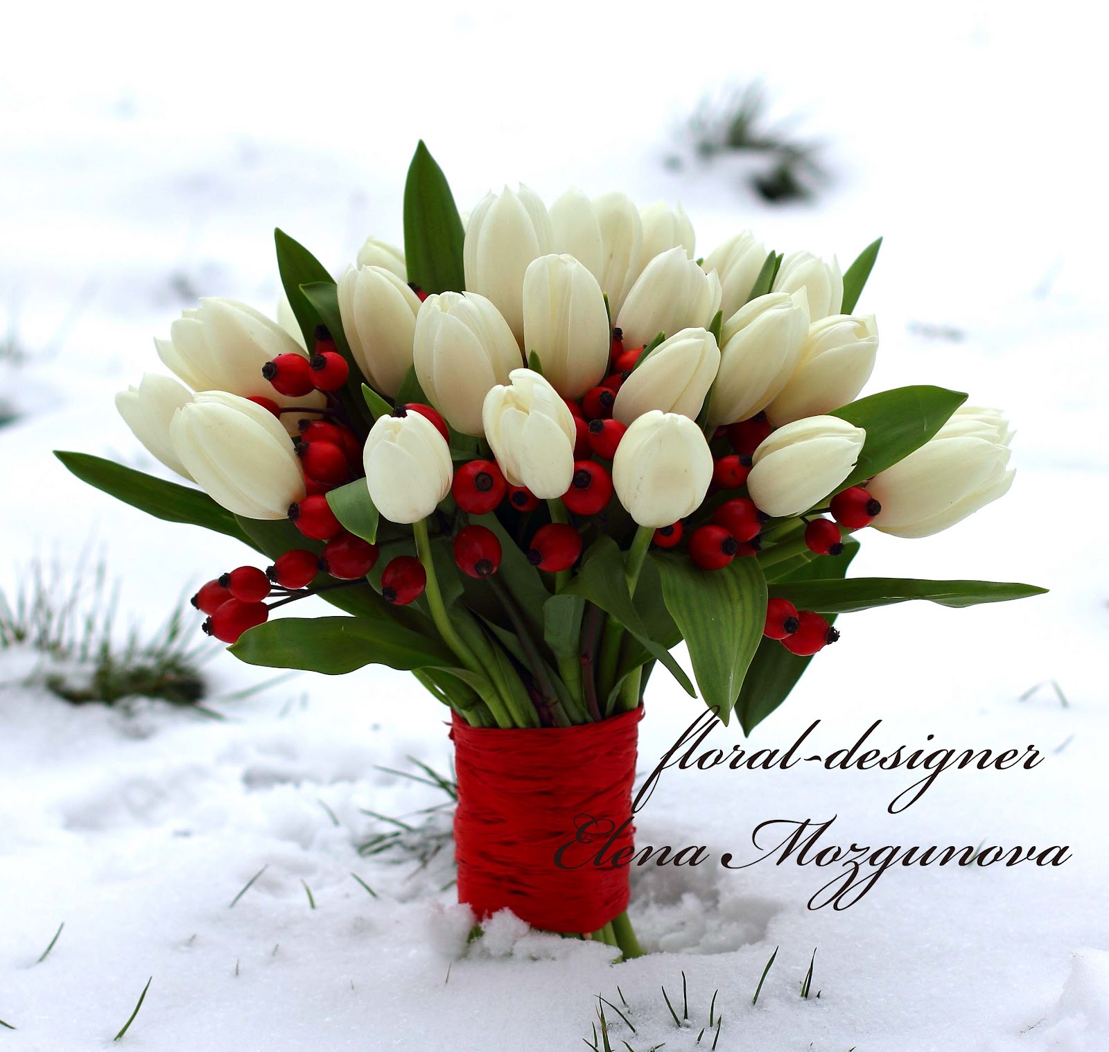 Букет невесты из белых тюльпанов и