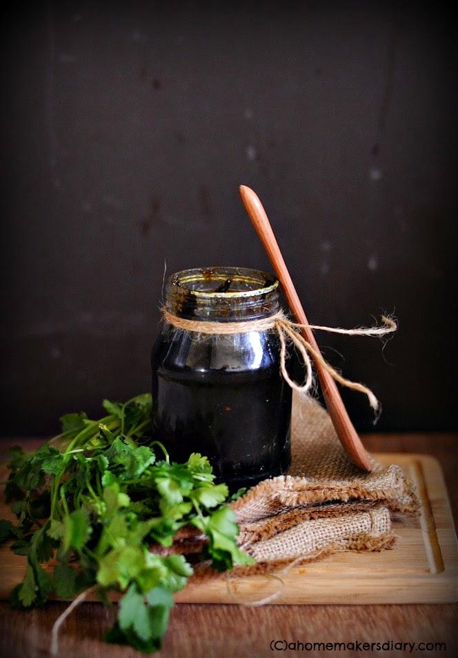 Dhonepatar Achaar (Cilantro/ coriander leaf pickle)