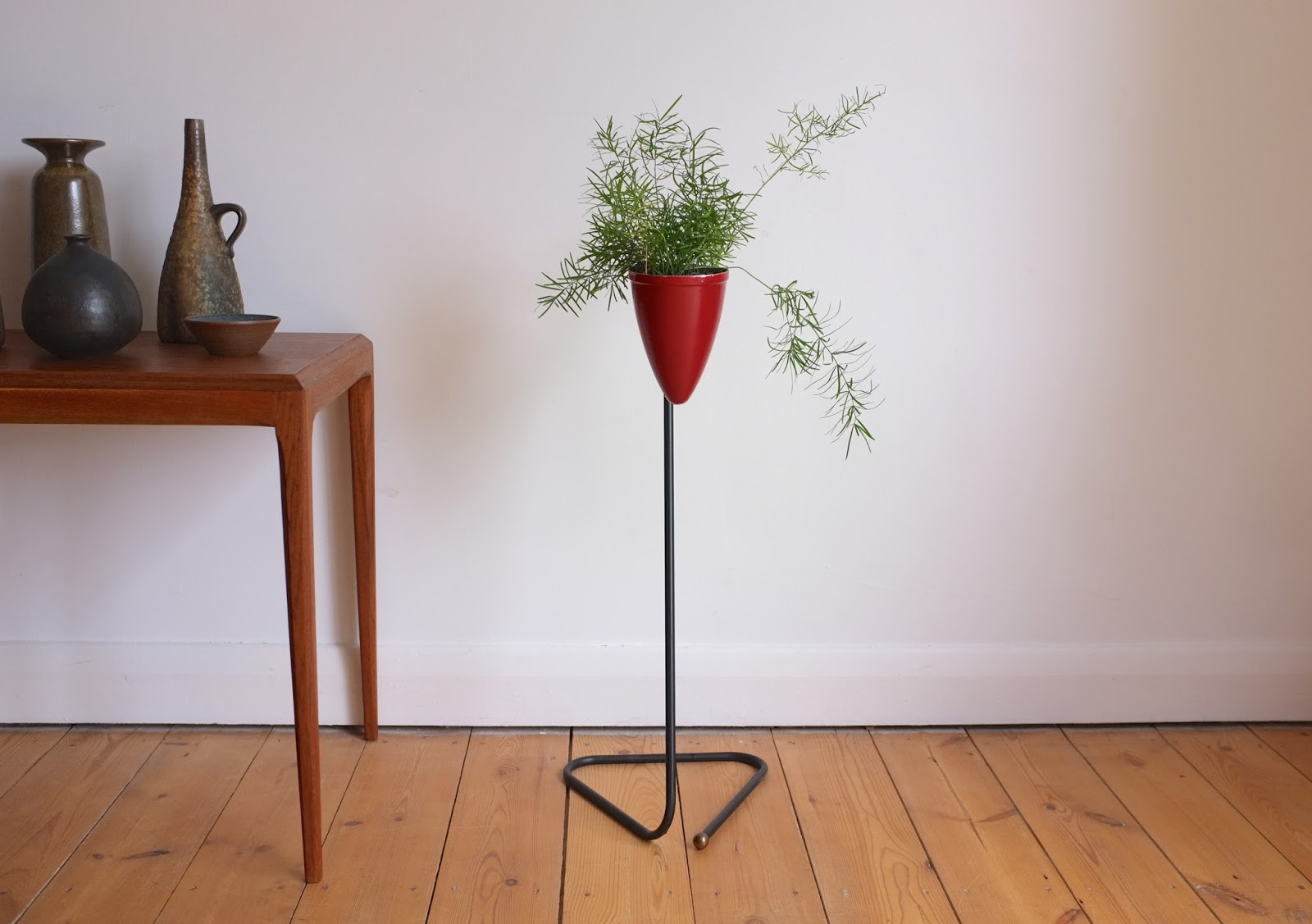 antikmodern: the shop: mid-century modern plant stand