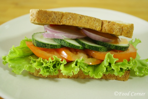 Easy Sandwiches Recipe-Cucumber and Tomato Sandwich