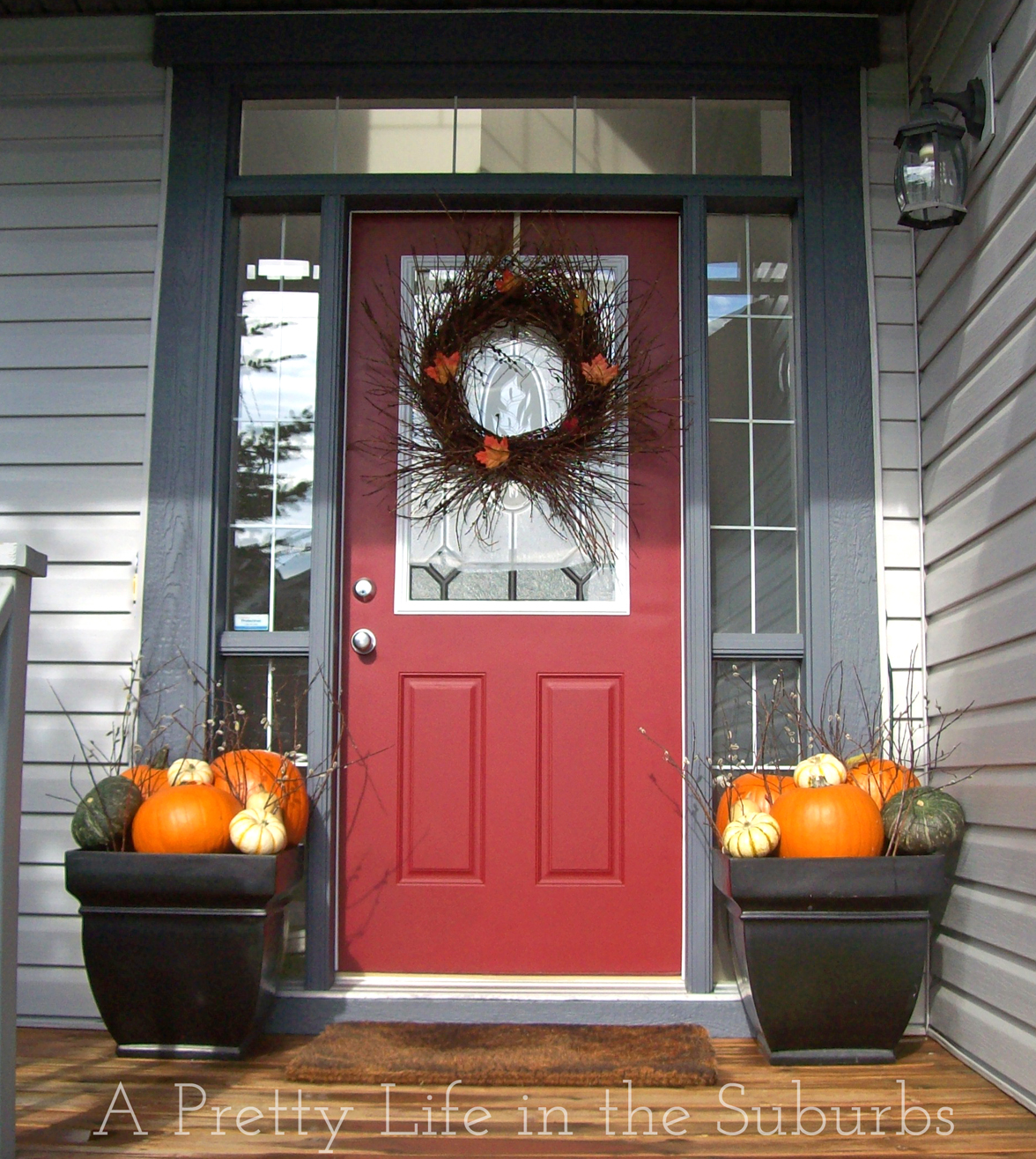 Outdoor fall decorating ideas front porch - Fall Porch Decorating Ideas A Pretty Life