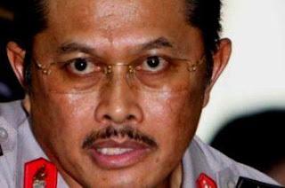 Melarang Polwan Berjilbab, Nanan Sukarna, Ente Muslim?