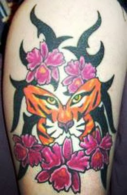 tiger_butterfly_hand_tattoos