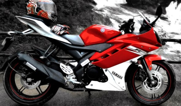 Brosur Harga Kredit Yamaha YZF R15 Terbaru Simulasi Cicilan 2014