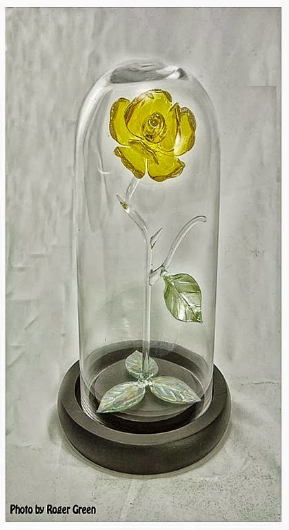 glassbloggery glass yellow rose to borneo. Black Bedroom Furniture Sets. Home Design Ideas