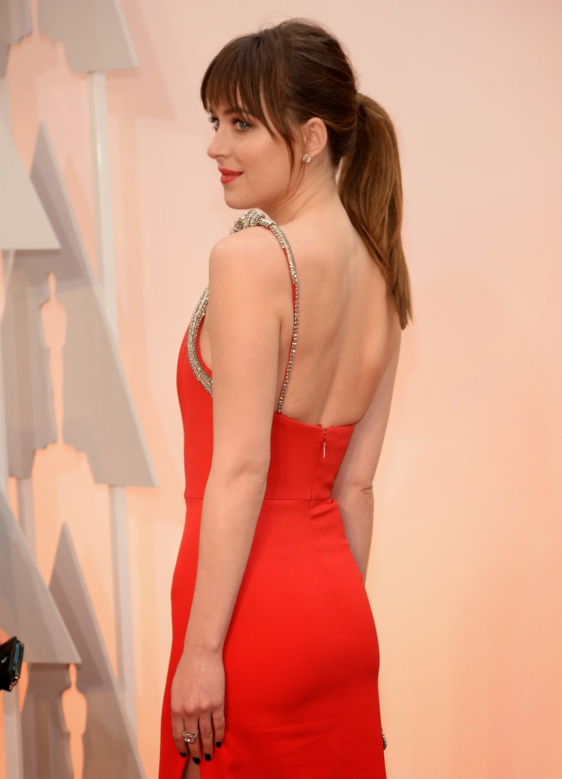 Oscars 2015: Copiez le look de Dakota Johnson avec Dove