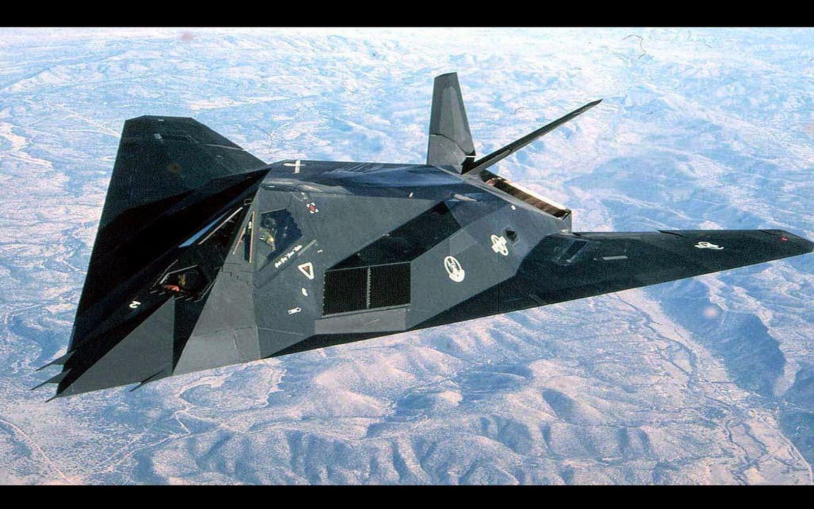 F 117 Nighthawk At Night F17 Nighthawk R...