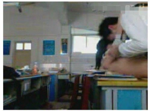 Kieunu.Info 1704 wuhan middle school sex video 7 elvp Clip học sinh cấp 3 quan hệ tình dục trong lớp hot nhất Trung Quốc