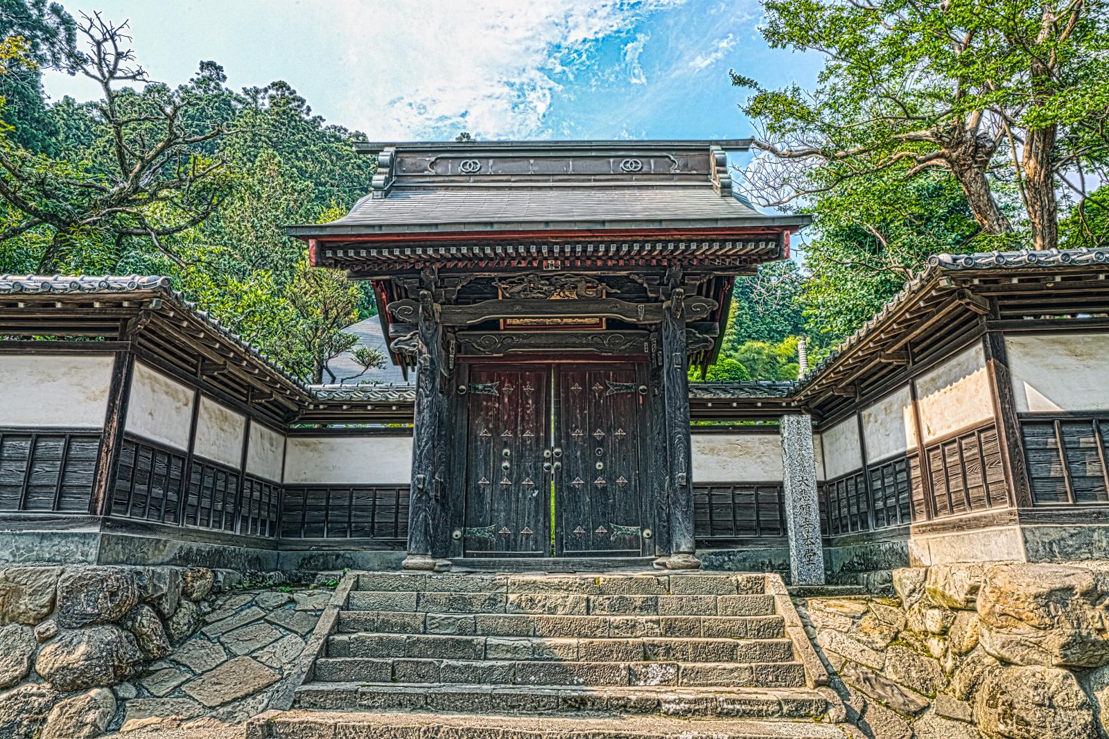 大悲願寺、通用門