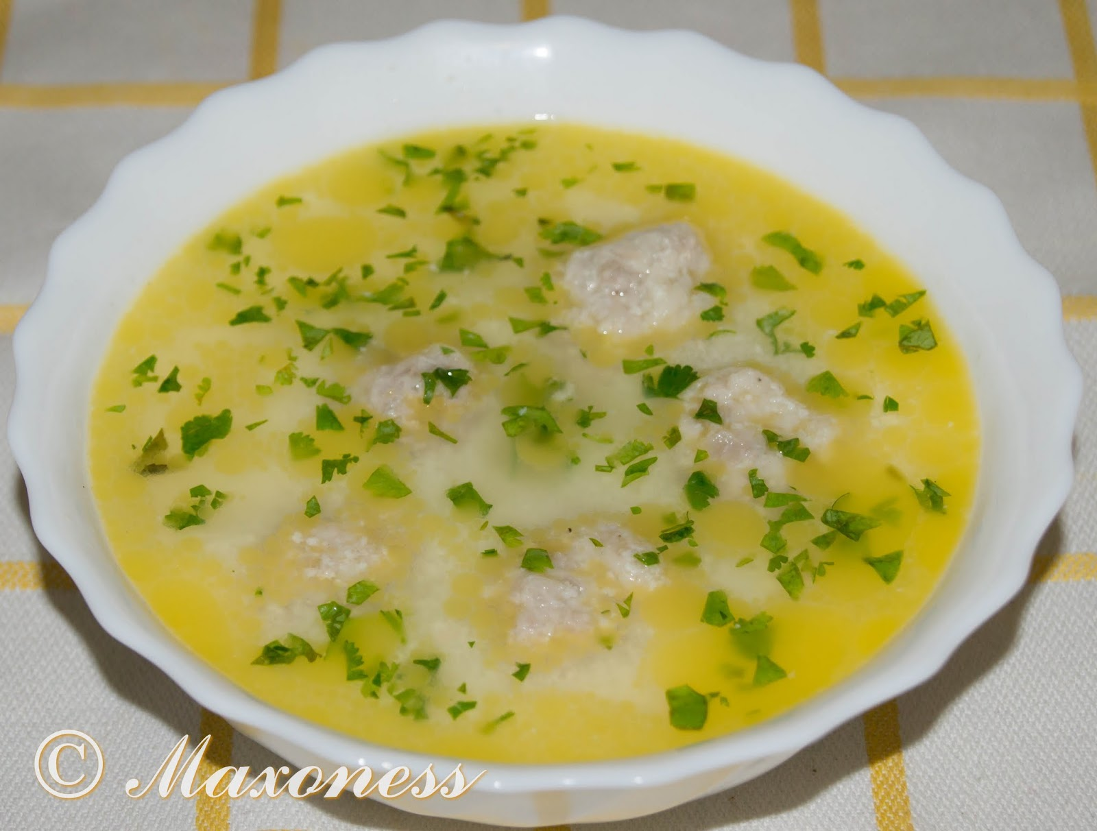 Чорба-топчета (суп с мясными клёцками). Болгарская кухня