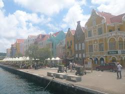 European dining along Handelskade Street, Punda, Willemstad