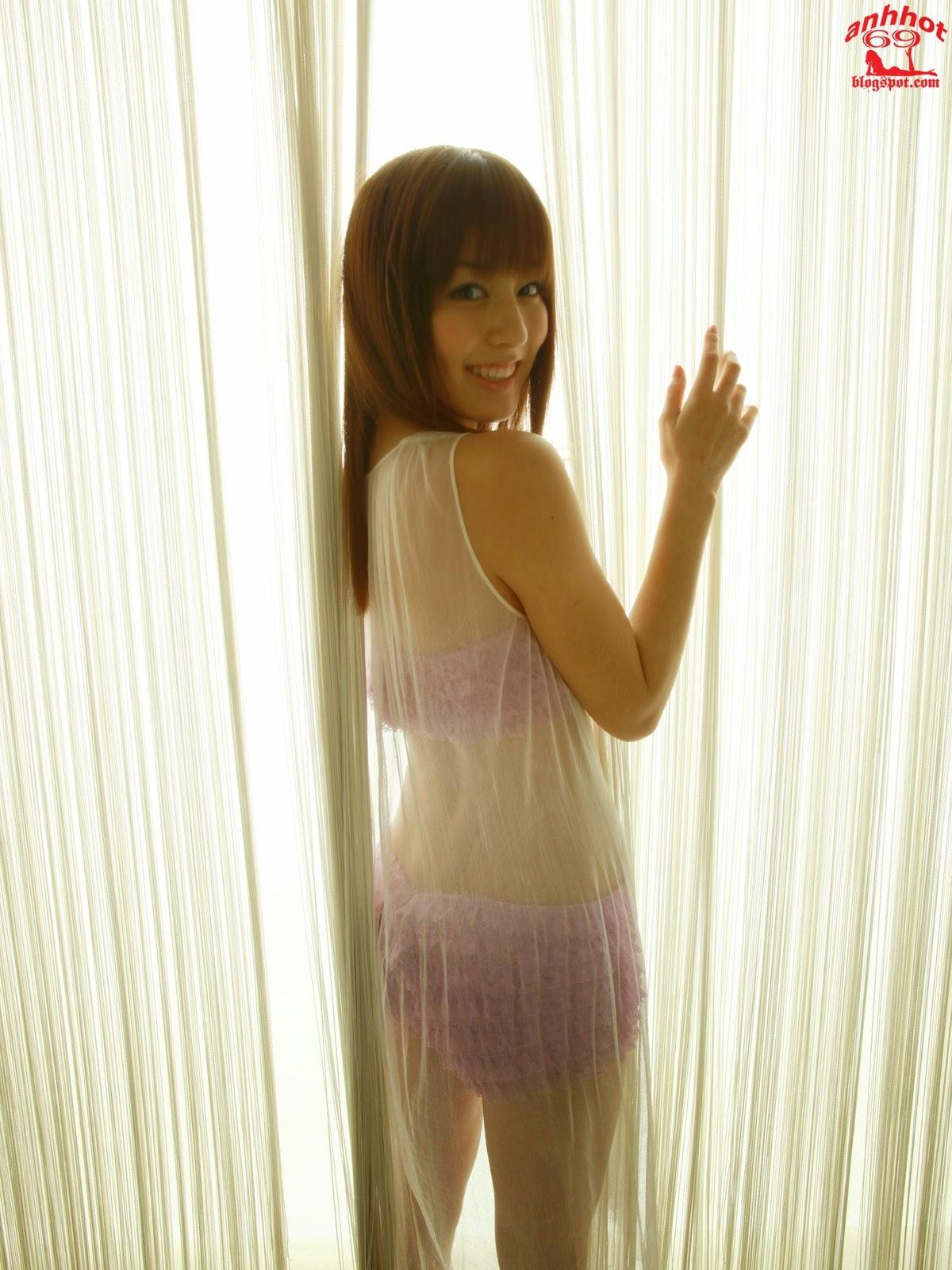 yumi-sugimoto-00494446