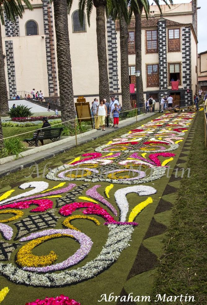 Tenerife en im genes alfombras del corpus christi de la for El paraiso de las alfombras