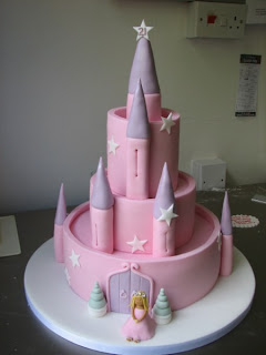 castle cake,princess castle cake,castle cakes,how to make a castle cake,disney princess castle cake