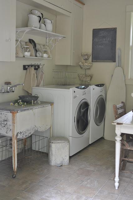 Domowa pralnia, aranżacja pomieszczenia gospodarczego, recykling