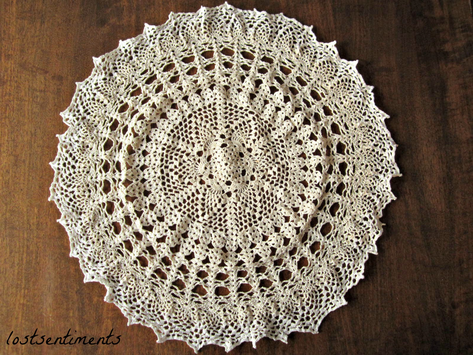 Crochet Patterns Vintage Doilies : ... the white thread after all and finish the doily call it an ombre doily