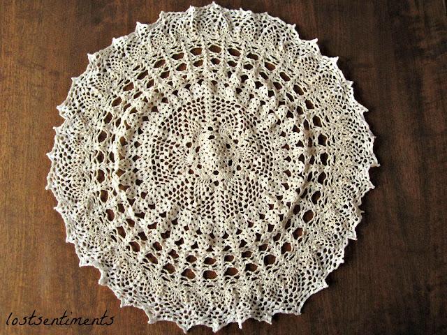 Free Crochet Patterns Vintage Doilies : lostsentiments: Vintage Crochet Doily Pattern - Venus