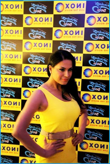 Veena Malik Pics