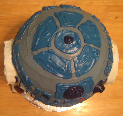 Star Wars 3D R2-D2 Cake - Overhead View