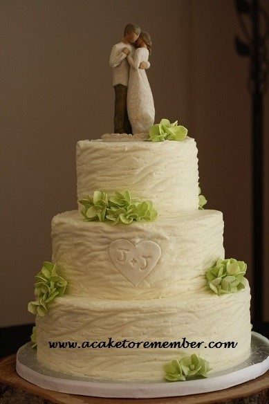A Cake To Remember VA: Textured Buttercream Wedding Cake