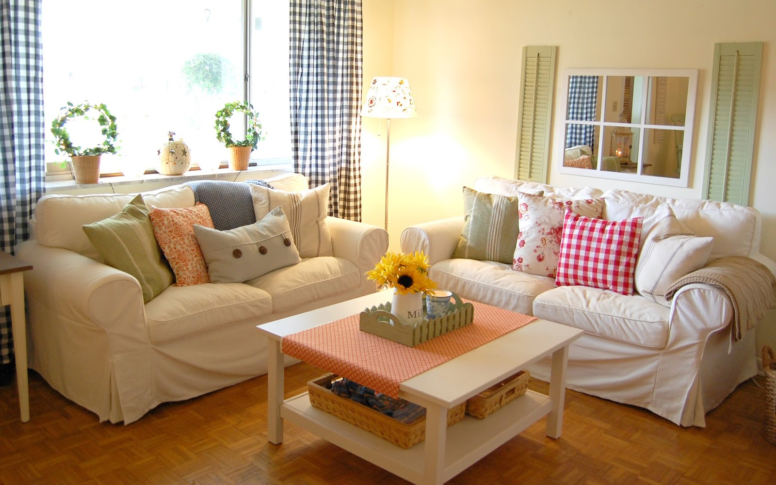 Hopscotch lane living room makeover for Country style living room paint ideas
