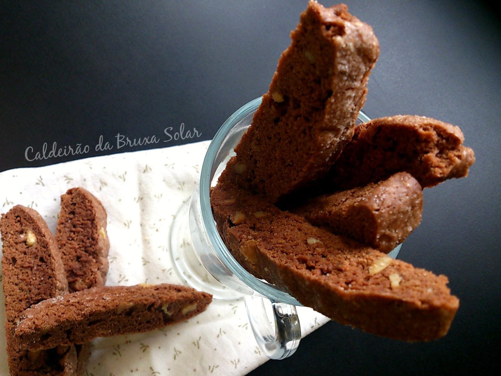 Biscotti de chocolate e nozes