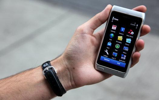 nokia-n8 - الموسيقى و التليفون المحمول يساعدان على فقدان وخفض الوزن
