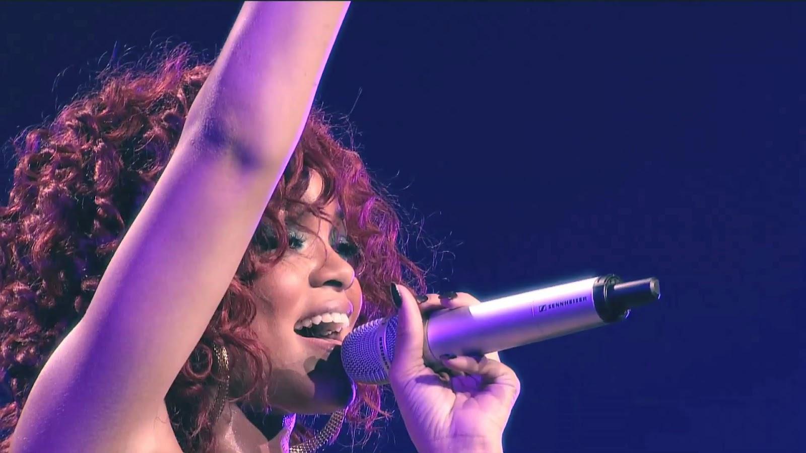 http://2.bp.blogspot.com/-kkvG2Om_dHM/T9aLmyqag2I/AAAAAAAAAZE/koue9_2ig6E/s1600/9.+Rihanna+-+Cheers+(Drink+To+That)_(1080p)VIDEOCLIPSDOWNLOADS.mp4_snapshot_04.19_%5B2012.06.11_21.20.56%5D.jpg