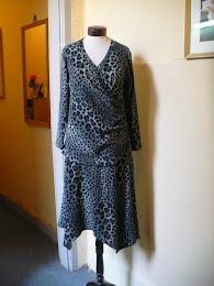 Vestido Drapeado en Lanilla Animal Print