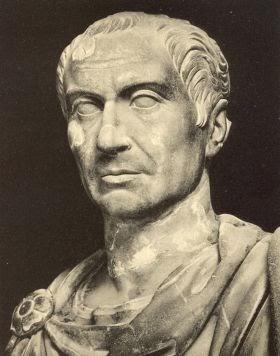 Cleópatra, qual a verdade por detrás do mito? Caesar